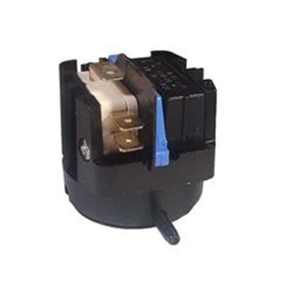 Picture of Air Switch: 20amp Spdt Latching Radial - 6861-A0-U126